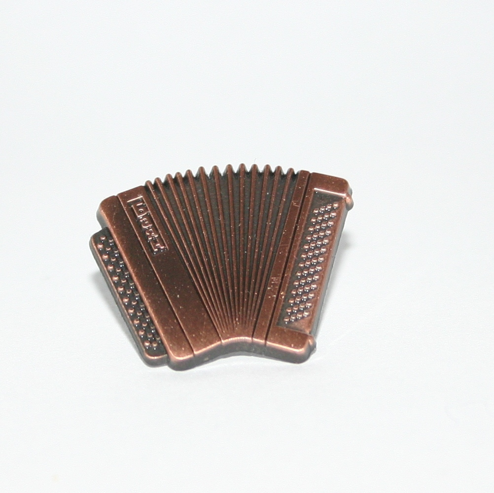 Copper accordion badge