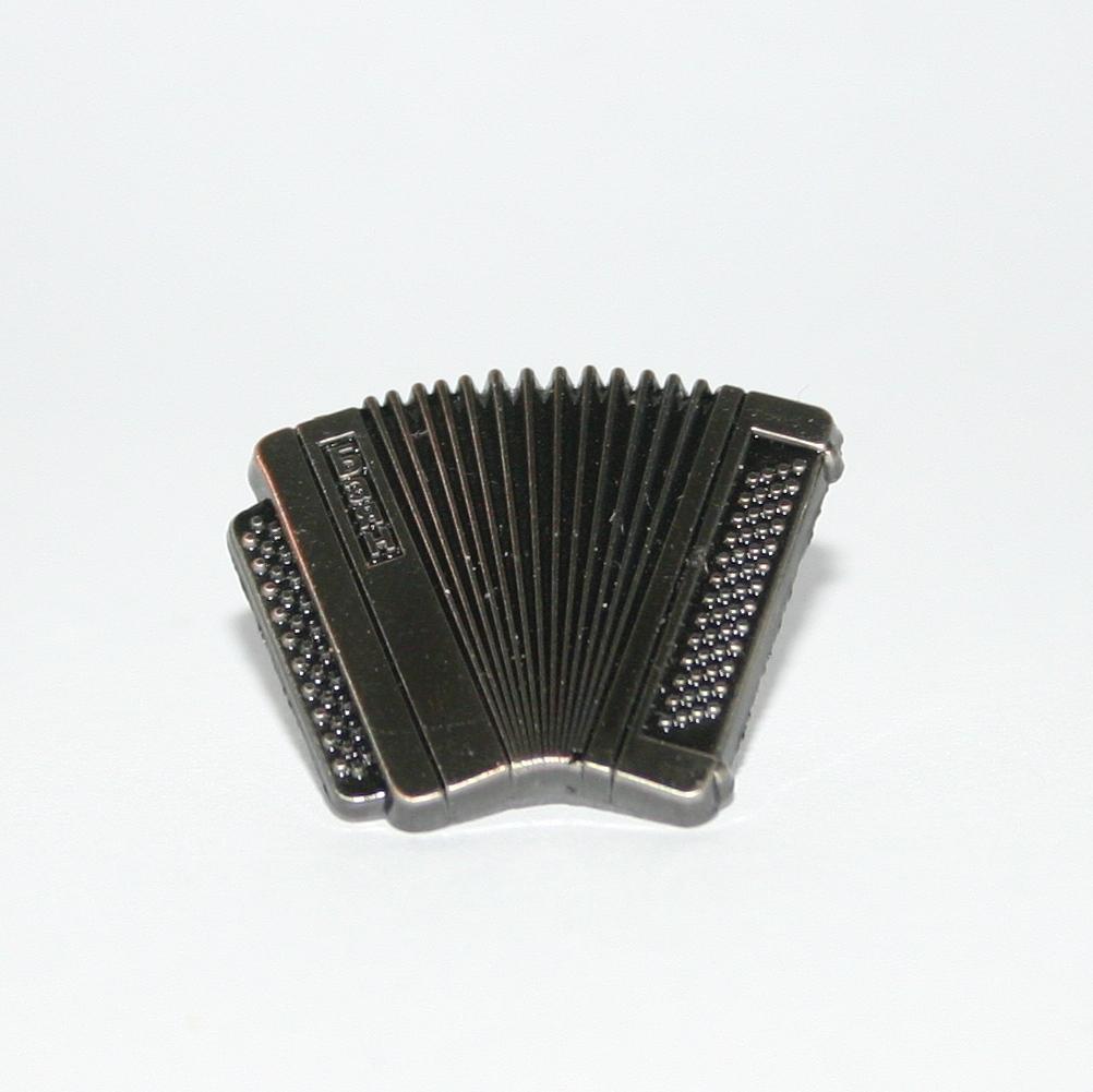 Nickel accordion badge