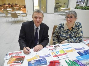 Dave Prentis,   General Secretary of UNISON,   and Helen Baron, President of London Capital Credit Union.